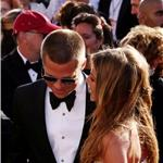 Brad Pitt Jennifer Aniston at Emmy Awards 2004  94409