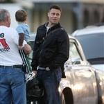 Brad Pitt in Houston Texas with Sean Penn 21090