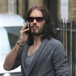 Russell Brand not wearing wedding ring in London after not spending holidays with Katy Perry  101488
