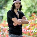Russell Brand in a ridiculous gym outfit shooting Get Him To The Greek in London 44531