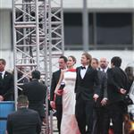 Brad Pitt and Angelina Jolie at the 2012 Golden Globe Awards     103131