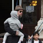 Brad Pitt and Angelina Jolie about and about with the kids in Venice 55818