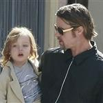 Brad Pitt Angelina Jolie with their 6 children in New Orleans going to the corner store  81715