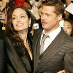Brad Pitt and Angelina Jolie in sateen for Japan premiere of Benjamin Button 31663