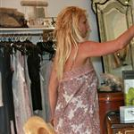 Britney Spears shopping with her busted weave on Robertson 44642