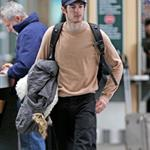 Adam Brody at the Vancouver airport 31164
