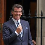 Pierce Brosnan on set of Remember Me in New York  42685