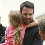 Ben Affleck and Jennifer Garner with daughters at the park  66344