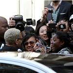 Chris Brown swarmed by female fans after outburst on GMA  81901