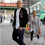 Chris Brown swarmed by female fans after outburst on GMA  81903