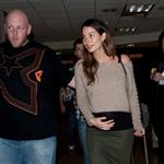 Caleb Followill and pregnant wife Lily Aldridge make their way through LAX 105339