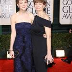 Carey Mulligan takes her mom to the Golden Globes 2010 53462