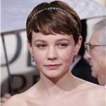 Carey Mulligan takes her mom to the Golden Globes 2010 53466