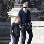 Cate Blanchett holiday in Paris with sons and husband Andrew Upton  110409