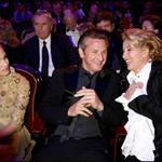 Emma Thompson cheers up Sean Penn at Cesar Awards 34028
