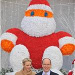 Princess Charlene of Monaco and Prince Albert II of Monaco attend the 'Arbre de Noel' 2011 For Monaco Children 100650
