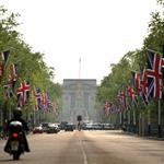 The Mall leading to Buckingham Palace  83831