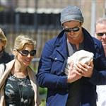 Chris Hemsworth and Elsa Pataky go for a walk in London with their newborn daughter, India Rose 114739