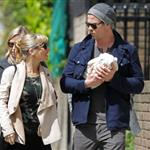 Chris Hemsworth and Elsa Pataky go for a walk in London with their newborn daughter, India Rose 114734