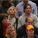 Carrie Underwood and Mike Fisher sit 5th row at Knicks game   77746
