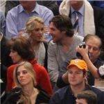 Carrie Underwood and Mike Fisher sit 5th row at Knicks game   77751