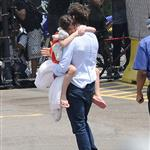 Tom Cruise takes Suri on a helicopter ride 121033