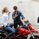 Tom Cruise shoots on a bike with Cameron Diaz 51891