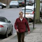 Benedict Cumberbatch gets a parking ticket in London 101758