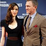 Daniel Craig and his wife Rachel Weisz attend The Girl With The Dragon Tattoo premiere in MadridDaniel Craig and his wife Rachel Weisz attend The Girl With The Dragon Tattoo premiere in Madrid 101740