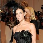 Demi Moore wears fascinator to Met Gala 2011  84447