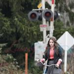 Kat Dennings shoots Daydream Nation with Josh Lucas in Vancouver   54108