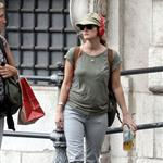 Drew Barrymore in Rome with boyfriend Will Kopelman  96789