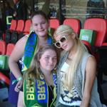 Paris Hilton posing with Brazil fans 64461