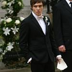Ed Westwick holds rainbow umbrella on set of Gossip Girl 19983