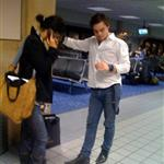 Ed Westwick and Jessica Szohr kissing at Dallas airport 28341