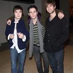 Ed Westwick Penn Badgley Chace Crawford at TRL 15710