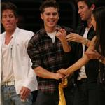 David Beckham, Zac Efron and Jeremy Piven at the Lakers game 5 vs Suns playoffs 2010 62142