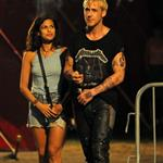 Eva Mendes and Ryan Gosling look hot together on the set of The Place Beyond The Pines 92359