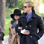 Ryan Gosling and Eva Mendes walk through Pere Lachaise Cemetery in Paris 99316