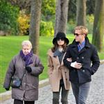 Ryan Gosling and Eva Mendes walk through Pere Lachaise Cemetery in Paris 99317
