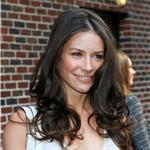 Evangeline Lilly on Letterman to promote Lost finale  60706