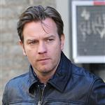Ewan McGregor on the set of The Corrections  104910