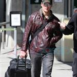 Peter Facinelli arrives in Vancouver 36710