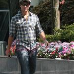 Peter Facinelli in Vancouver before Eclipse  44225