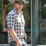 Peter Facinelli in Vancouver before Eclipse  44228