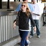 Dakota Fanning at LAX en route to Vancouver 38498