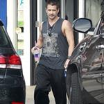 Colin Farrell at yoga on Friday 122554
