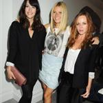 Gwyneth Paltrow with Stella McCartney and Liv Tyler backstage Burberry 47462