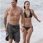 Megan Fox in bikini with Brian Austin Green in Hawaii May 2010  62277
