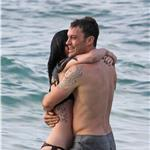 Megan Fox in bikini with Brian Austin Green in Hawaii May 2010  62280